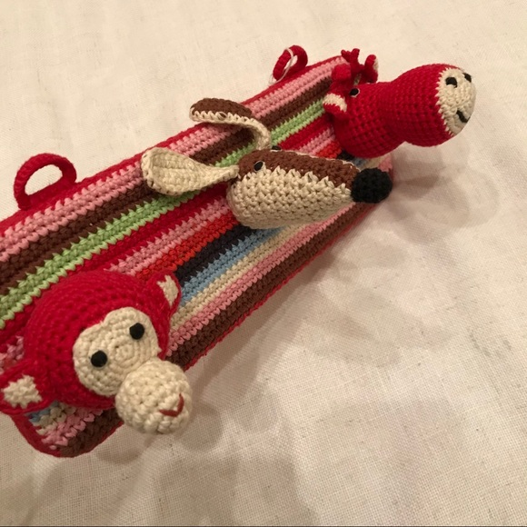 ANNE CLAIRE HANDCRAFTED CHILDREN COAT HAT BAG RACK